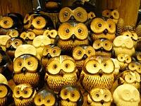 木彫りのふくろうたち